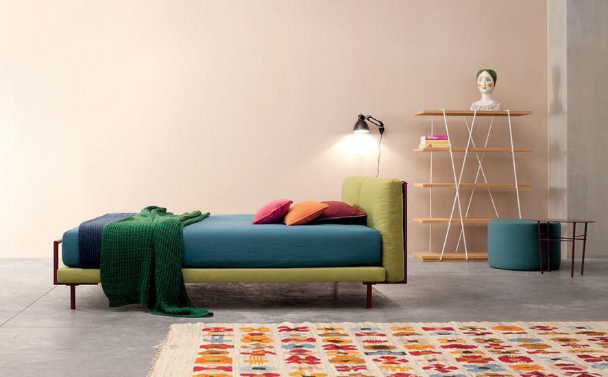 Design interior minimalist White Dot Design